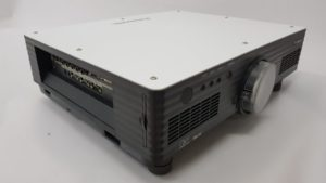 Profesionalni polovni projektor Panasonic