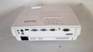 Polovni projektor BenQ MX525 - Zadnja strana ulazi