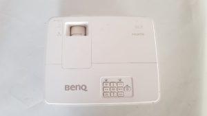 Polovni projektor BenQ MX525 - gornja strana