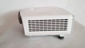 Bočna strana - Polovni projektor Epson Europe EB g5200w