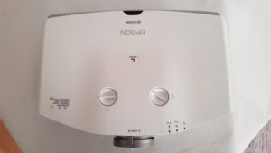 Gornja strana - Polovni projektor Epson Europe EB g5200w