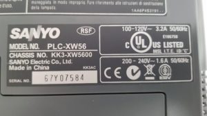 Projektor Sanyo PLC-XW56